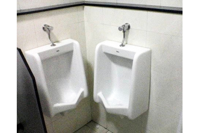 construction-mistake-urinals