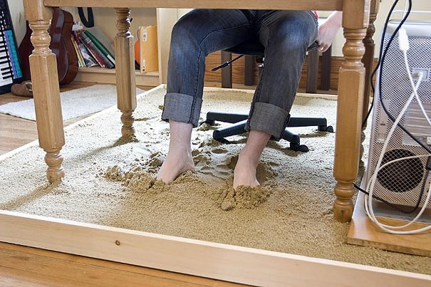 sand desk