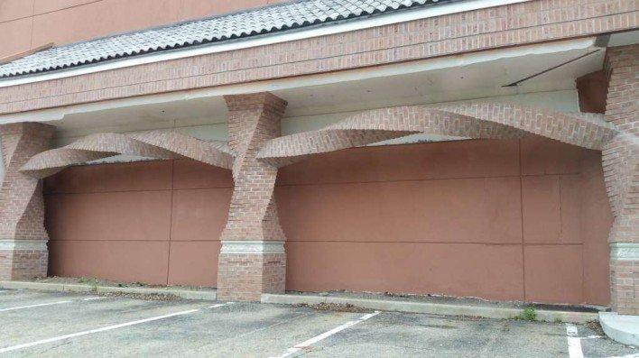 Horizontally Spiraled Bricks