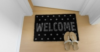 8 Essential Items to Include in Your Vacation Home Welcome Booklet